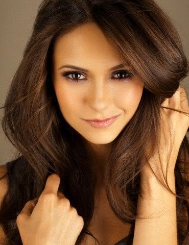 [Image: nina-dobrev-photoshoot-the-vampire-diari...0-480.jpeg]
