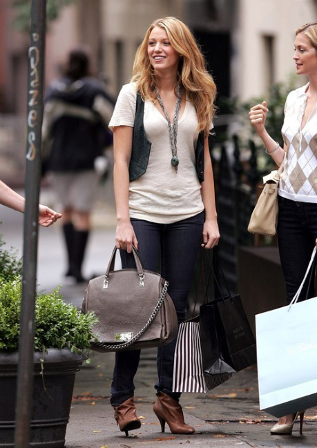 nine-west-iceblue-leather-ankle-booties-and-serena-van-der-woodsen-gallery